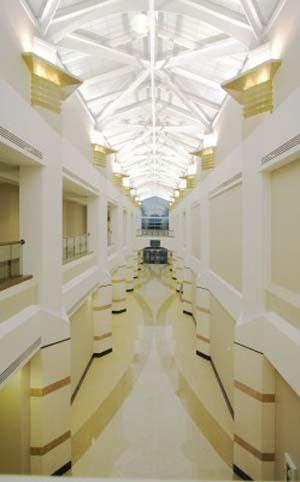 04-main-corridor